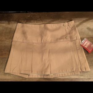 NWT Guess Jeans pleated skirt Sz. 28